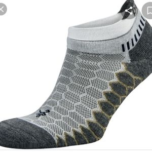 BALEGA Men's Silver Trainer Socks.